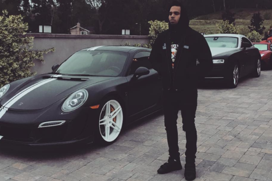 How Many Car Does Chris Brown Has? Brown Car Collection, Price, Specs
