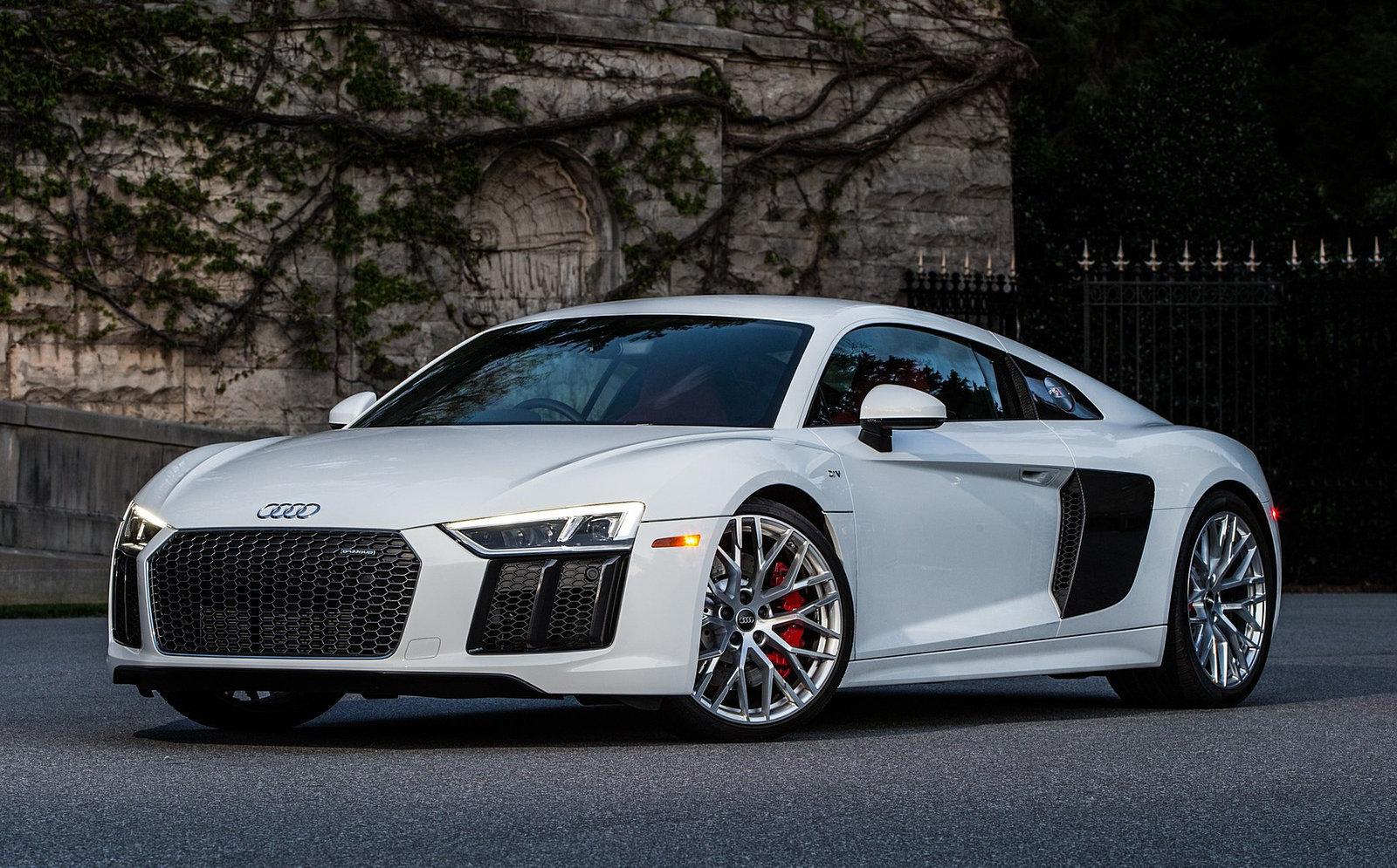 Cristiano-Audi-R8
